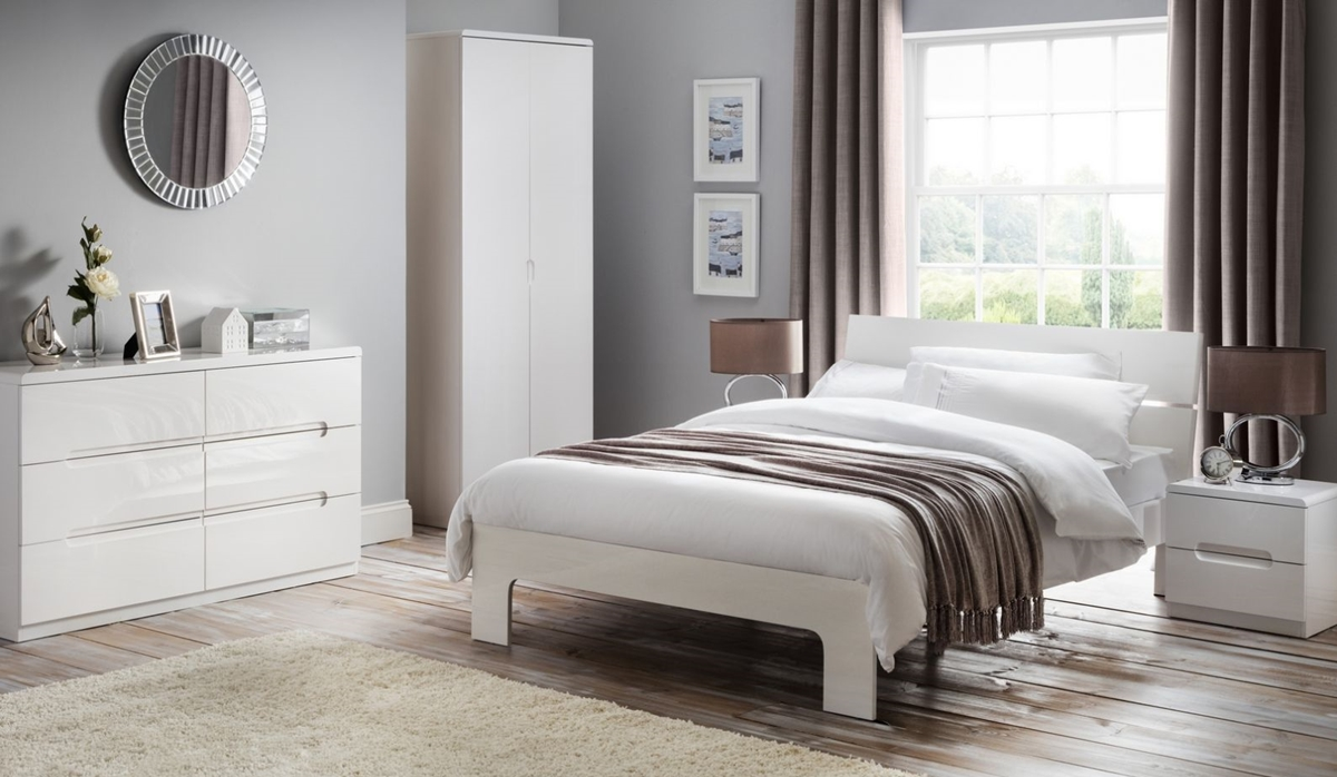 New england style beds uk awesome headboards for beds 8 new england we love the timeless new england look of this subtlety grey coloured wooden bed with faint sisterspd